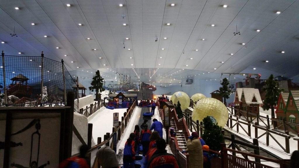 سكي دبي - منطقة الفعاليات الاساسية
