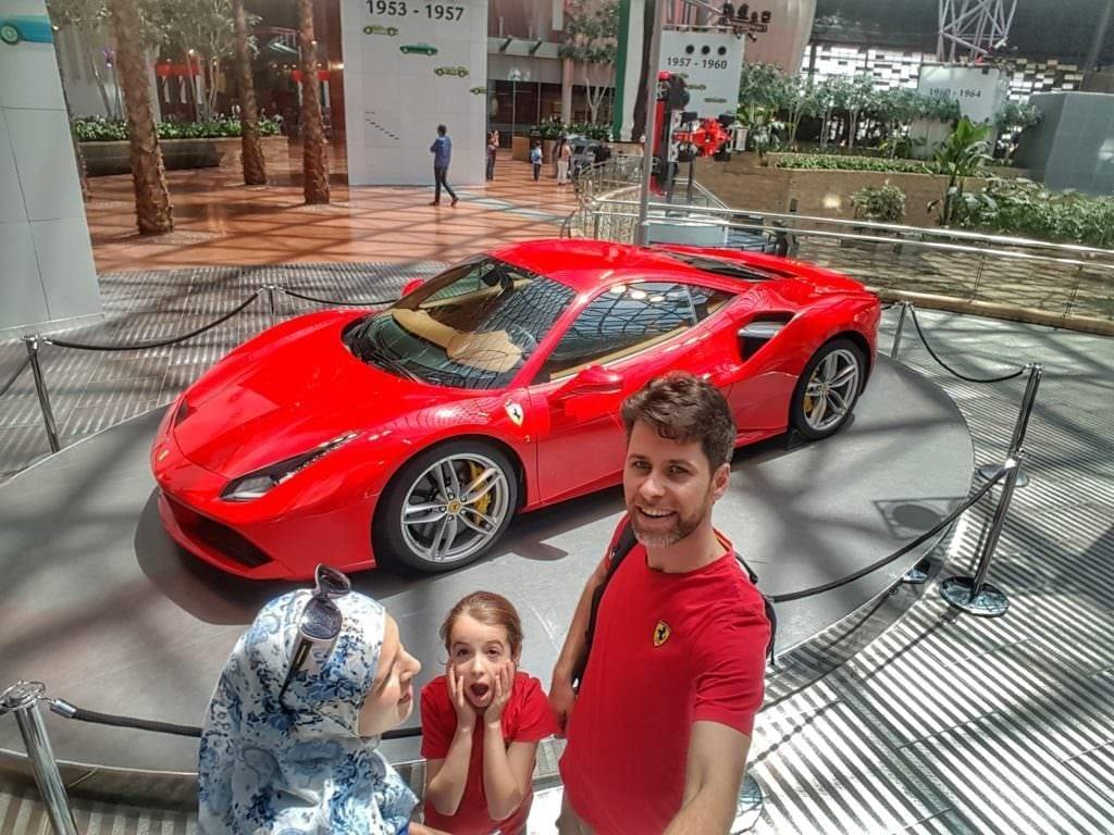 عالم فيراري, ابو ظبي, الإمارات