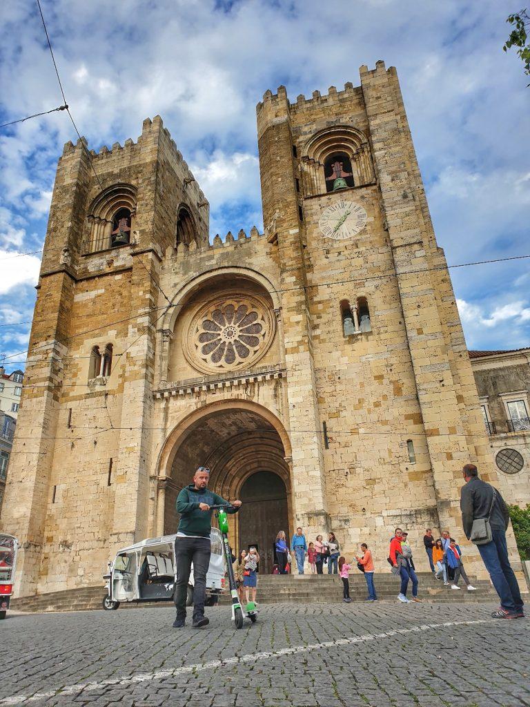لشبونه - كنيسة Santo Antonio Da Se - رحلة إالى البرتغال